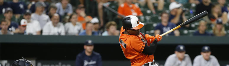 Orioles Split Doubleheader Opener With Yankees