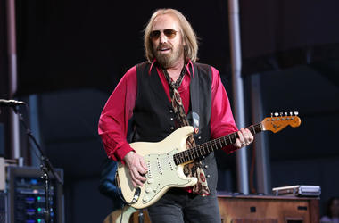 Tom Petty and the Heartbreakers perform in concert at Forest Hills Stadium in Forest Hills