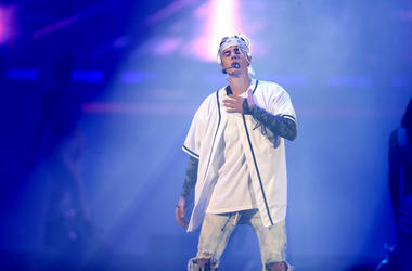 Justin Bieber performs at Allstate Arena on Friday, April 22, 2016 in Rosemont, Ill