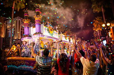 It's Mardi Gras at Universal Studios Orlando!