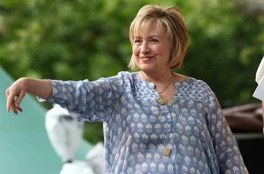 Hillary Clinton sports new muumuu