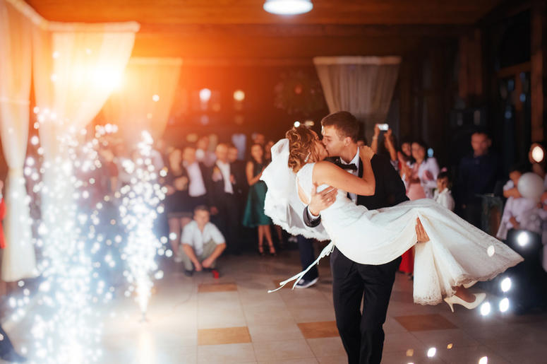 Top Songs Banned At Weddings By The Bride And Groom 1059 Sunny Fm