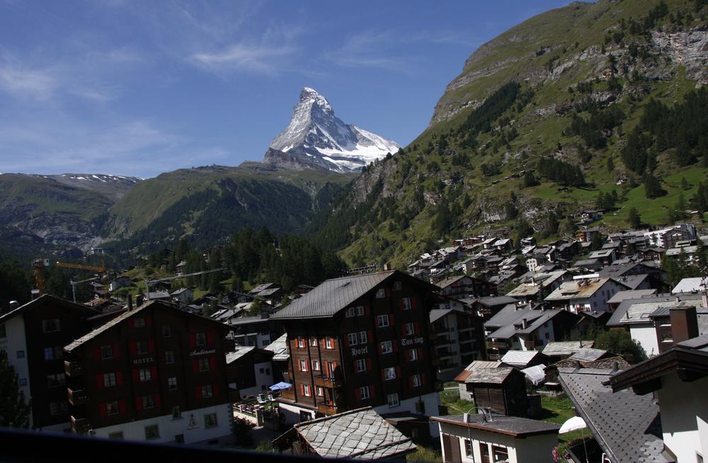 Matterhorn mountain_195790262
