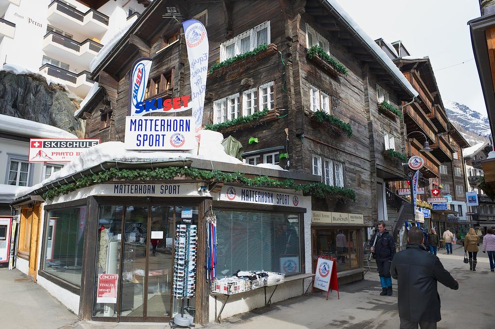 street of Zermatt_334369673