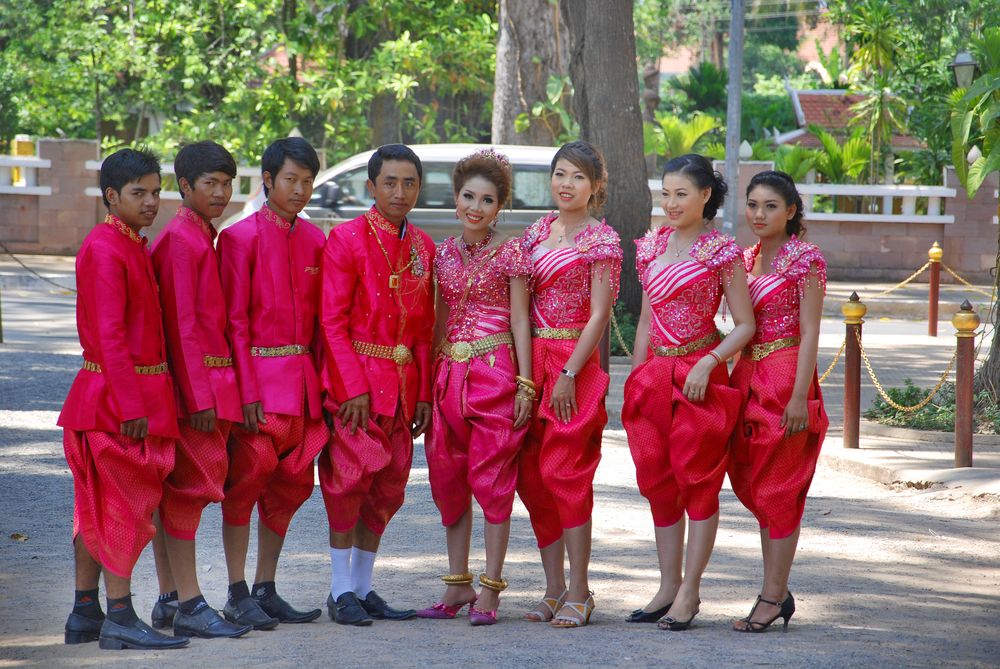 traditional wedding Khmer clothing_140421250