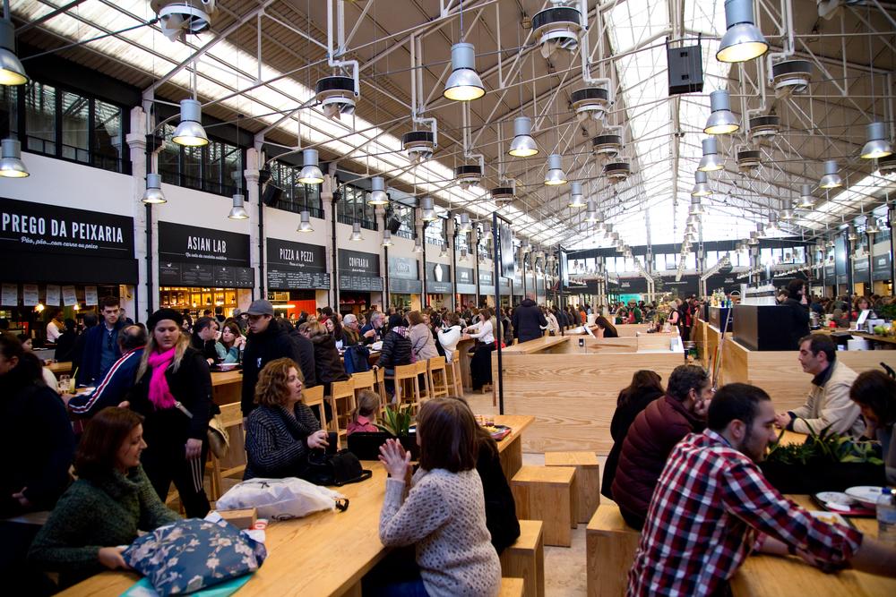 Mercado da ribeira food market_245725699