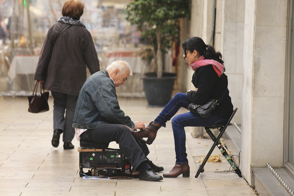 shoeshine in Lisbon_358440779