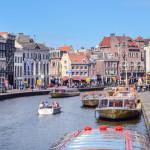 Kloveniersburgwal canal_305576138