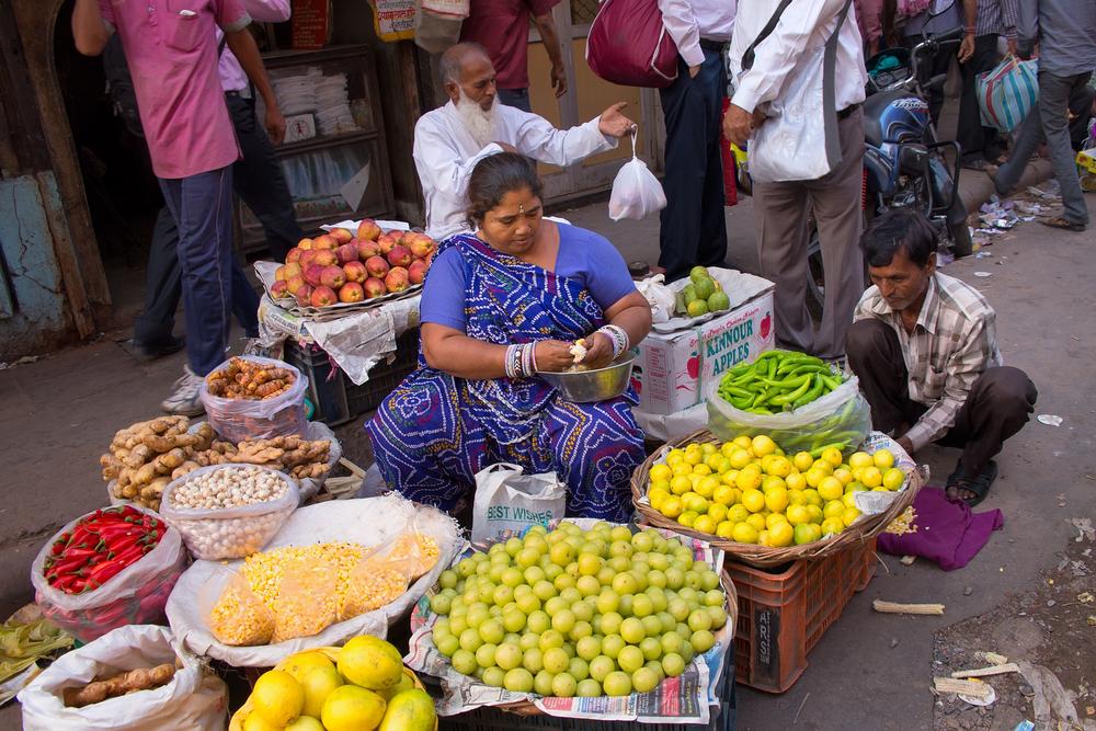 Delhi, India. Street vendors_259790627