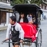 rickshaw ride to explore the city of Kyoto_140785642