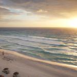 Beautiful sunrise on the beach in Cancun_383640985