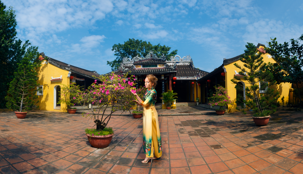 Hoi An ancient temple_386523058