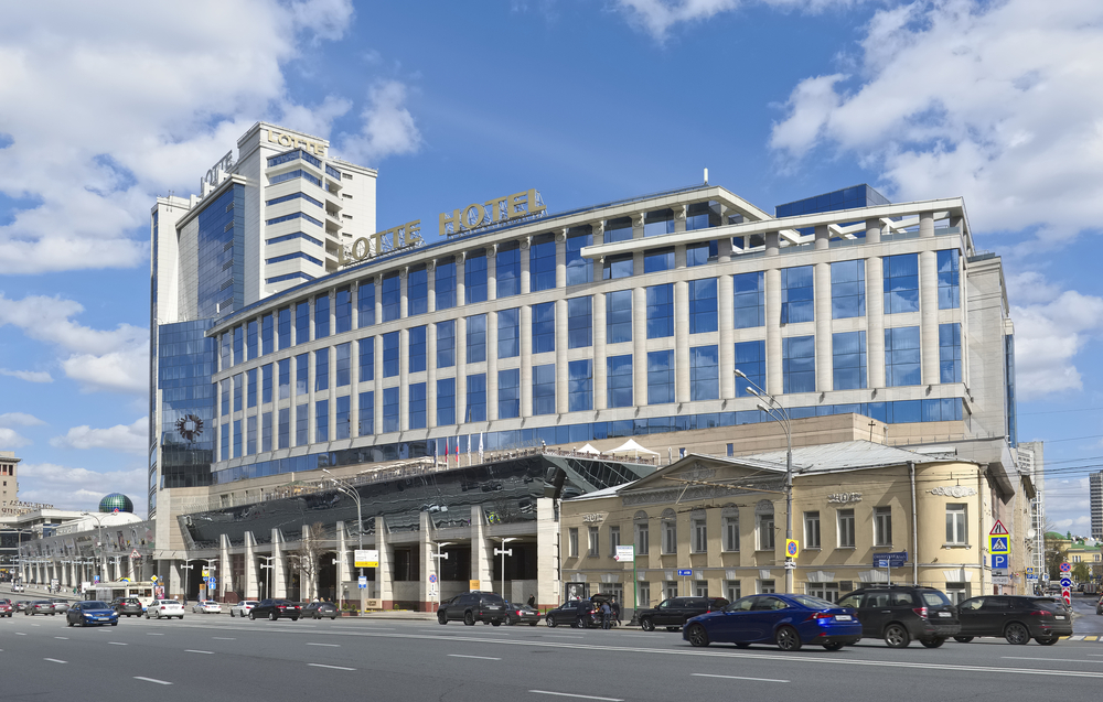 Lotte Hotel Moscow and a shopping center Lotte Plaza, Novinsky Boulevard_412356865