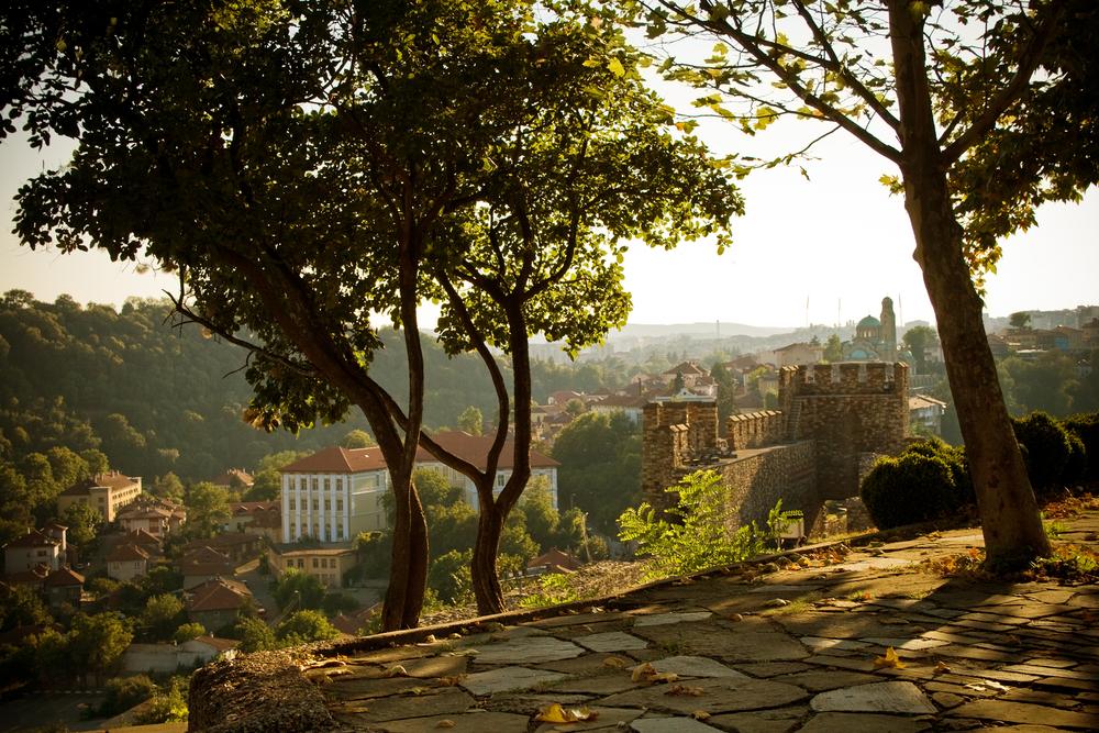 ancient castle in Veliko Tarnovo_18698263