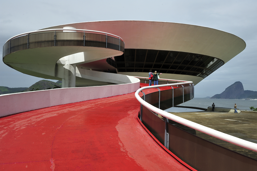 Niteroi Contemporary Art Museum_188804813