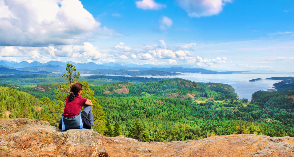 beautiful view on Vancouver Island_126440402