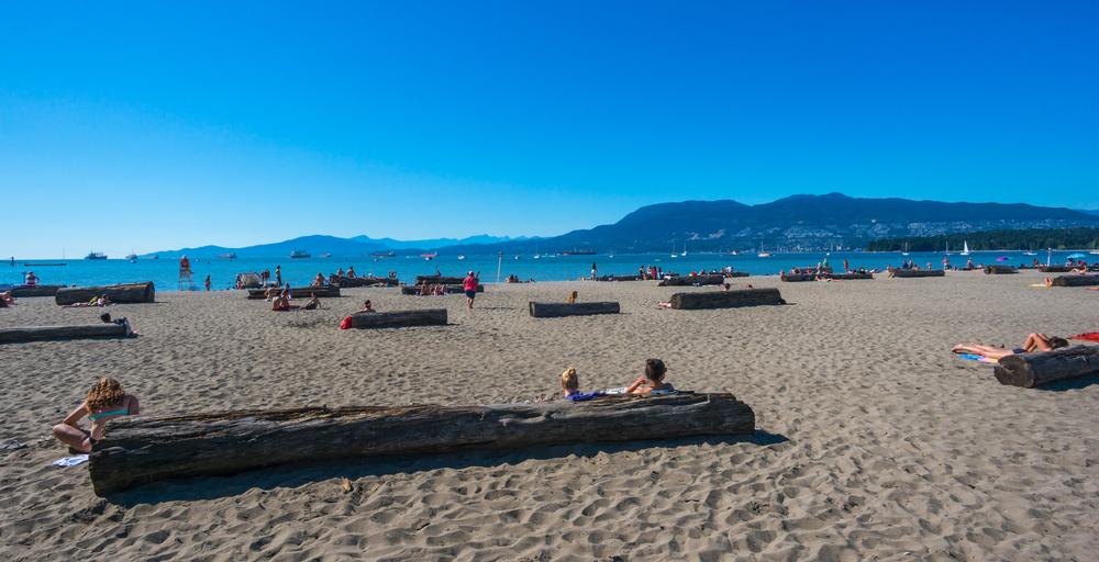 Kitsilano beach in Vancouver_321617756
