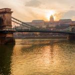 Chain Bridge at sunset_373359664