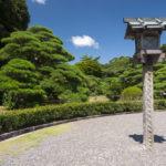 Lantern in the garden of complex Ise Jingu_201144578