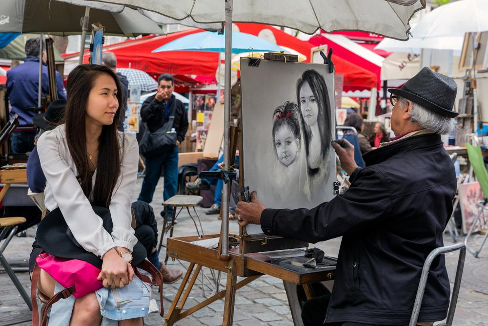 Place du Tertre in Montmartre_286767098