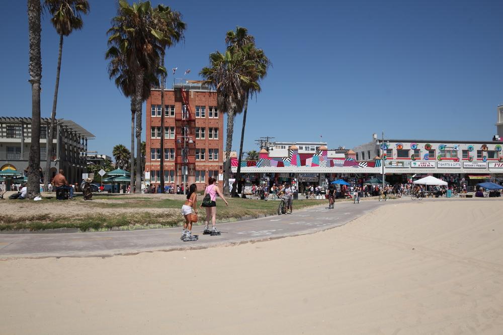 Los Angeles tourist site_388012477