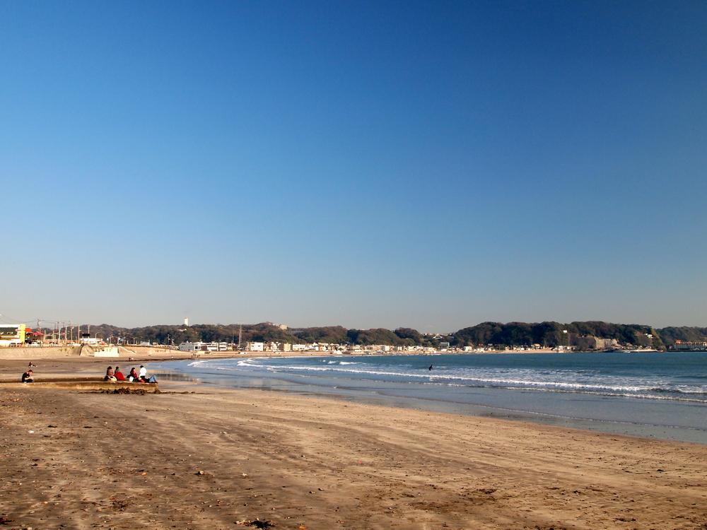 Yuigahama Beach in Kamakura_309808595