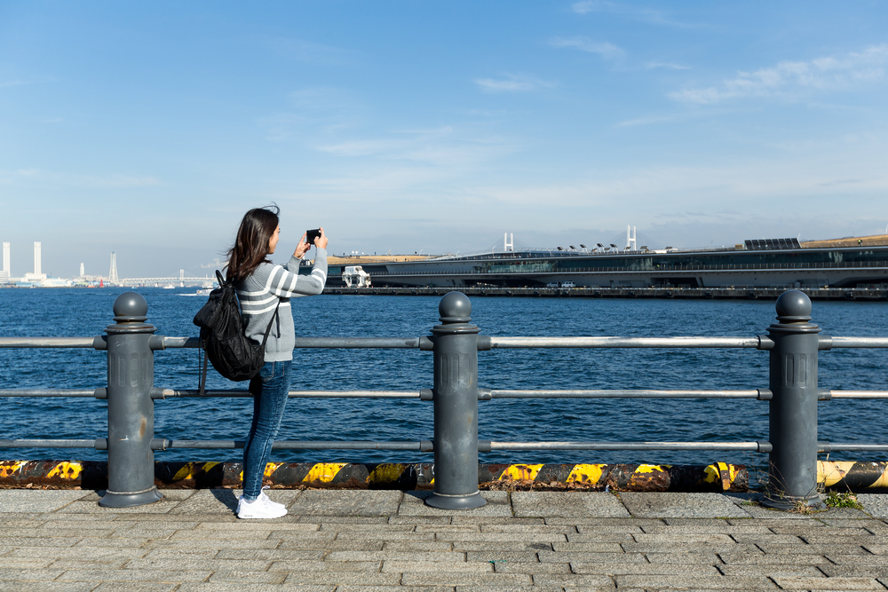 Yokohama harbor_410063491