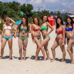 sexy bikini fun_290891396