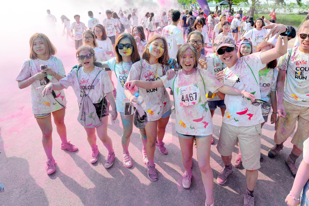 Color Me Run in Hanoi 2016_428350435