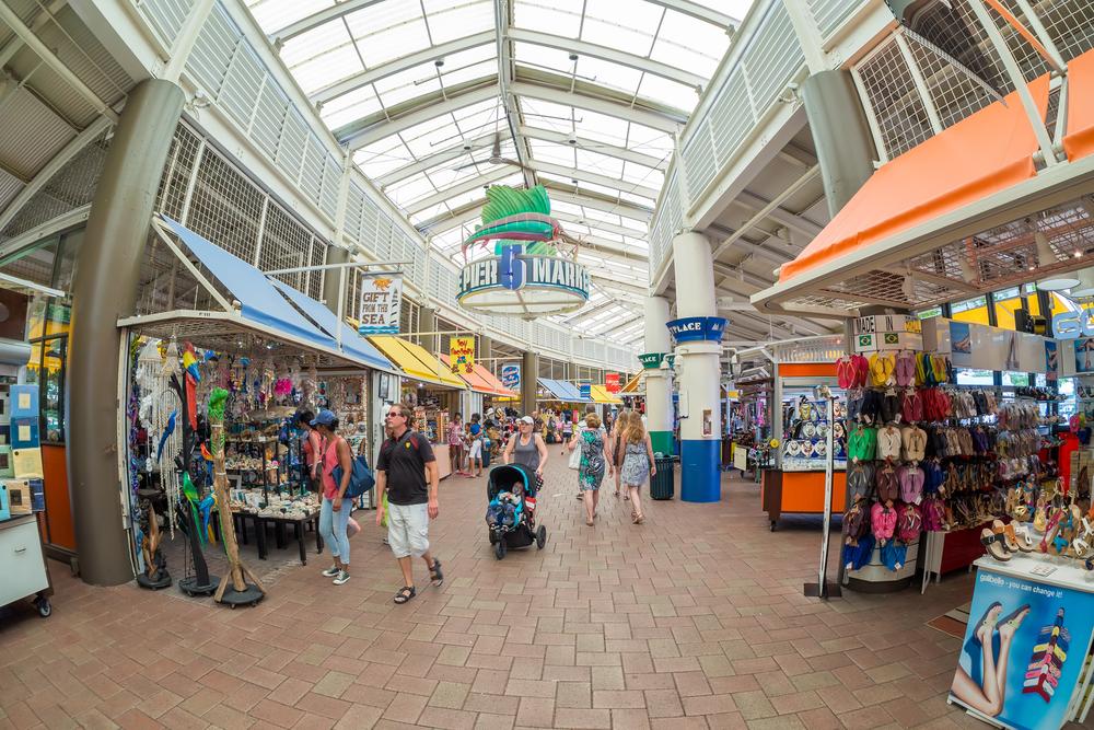 Bayside Marketplace in Miami_346255151
