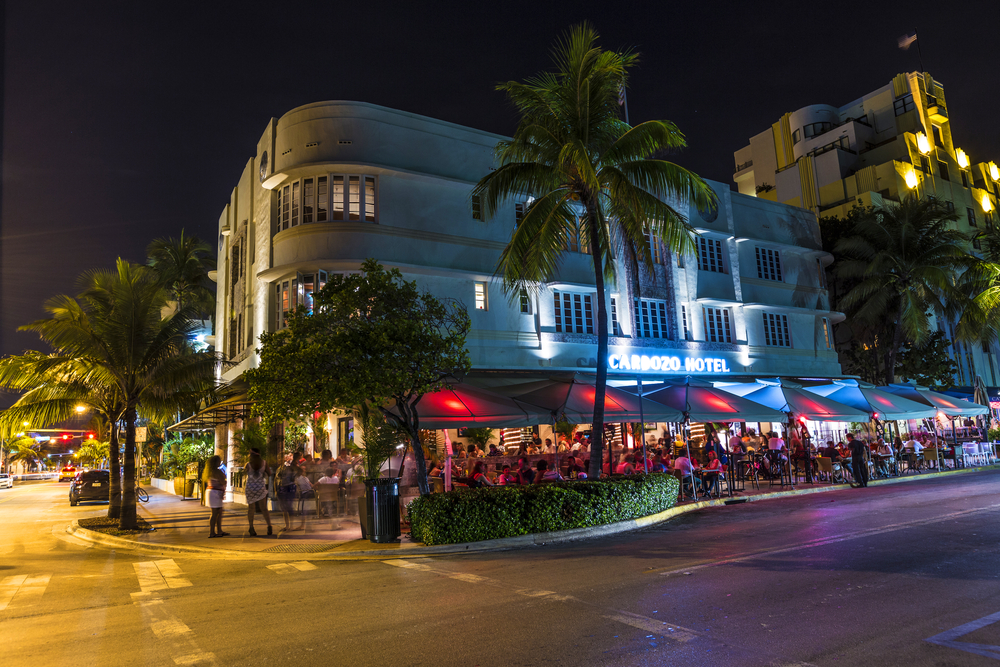 Night view at Ocean drive_149251445
