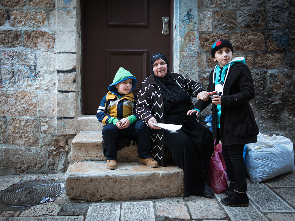 local residents of the Muslim Quarters_422576239