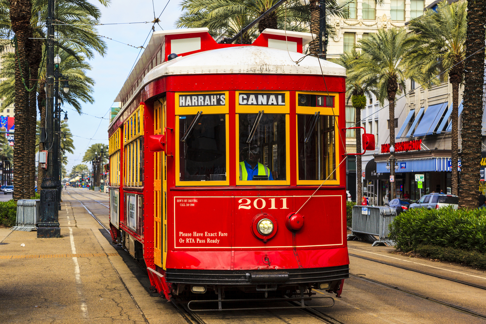 New Orleans Streetcar Line_378558859