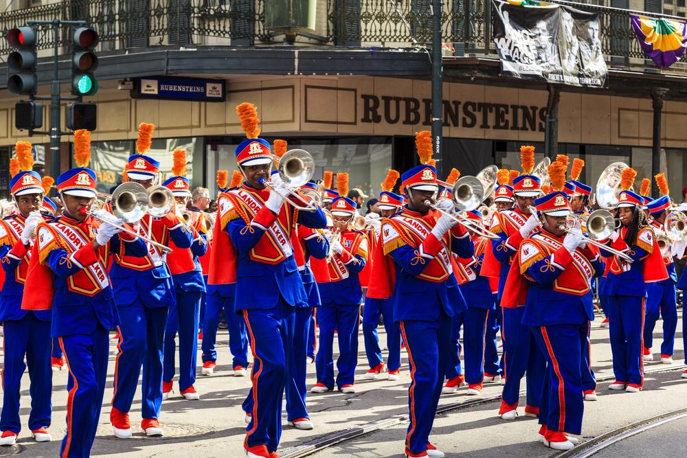 Mardi Gras parades _390709621