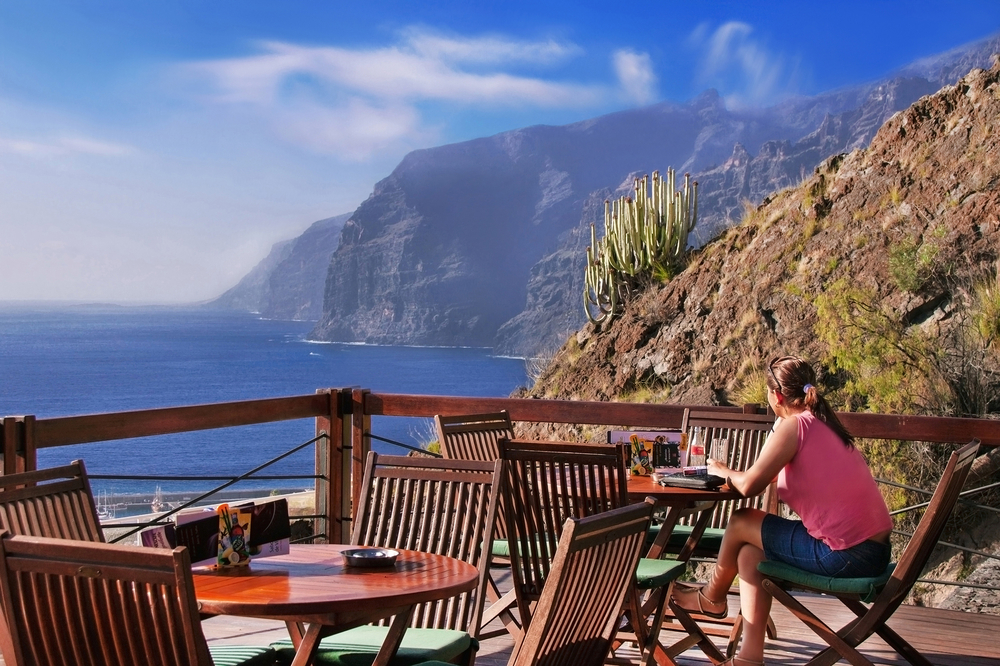 Los Gigantes cliffs_179564792