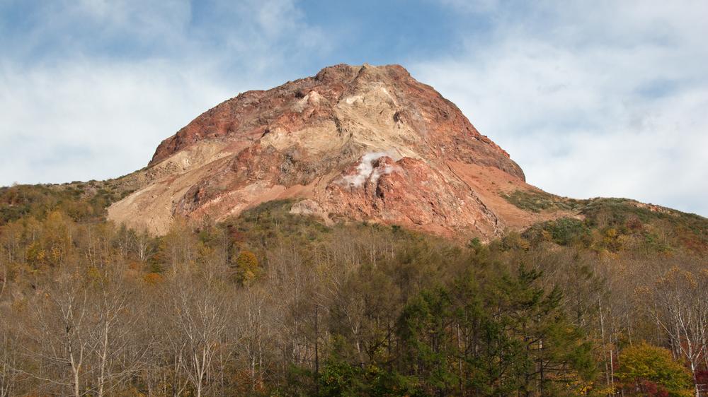 syowa-sinzan mountain in hokkaido_397007881