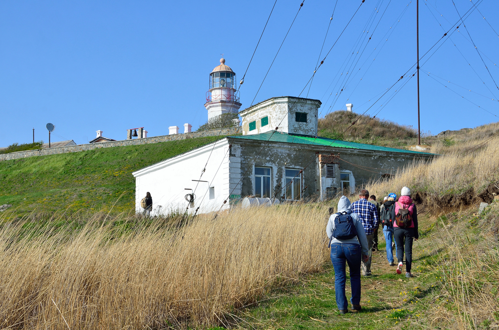 lighthouse on the Peninsula Gamov_419253586