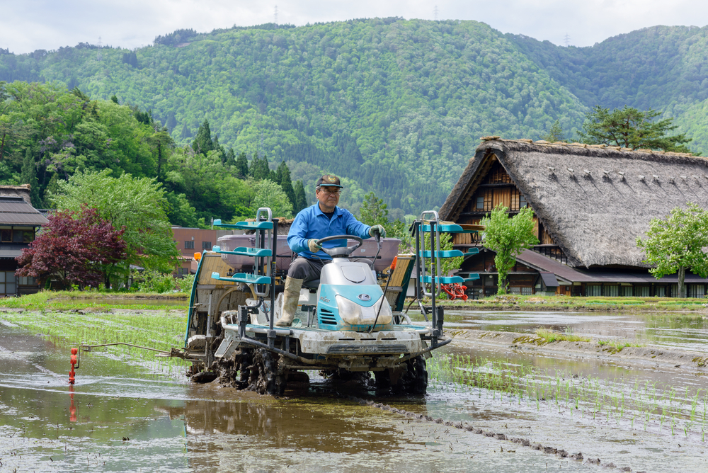 rice planting machine in Shirakawa-go, Gifu_441921964
