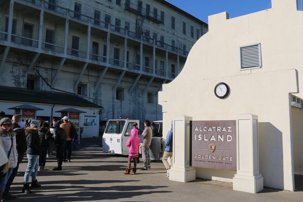 Alcatraz Island_375627679