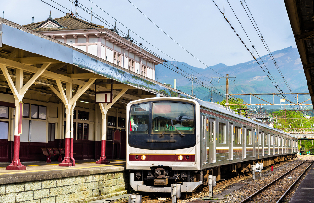 Local train at Nikko train station _442211224