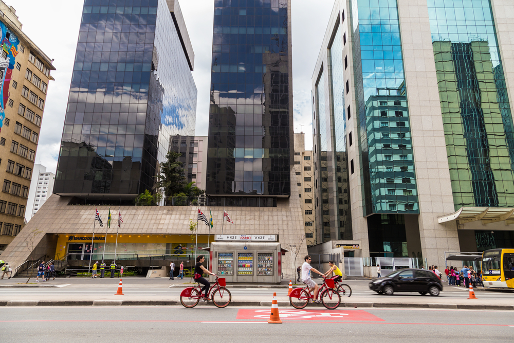 Cyclists on Paulista Avenue_158145551