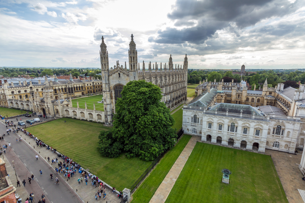 Cambridge University _308162231