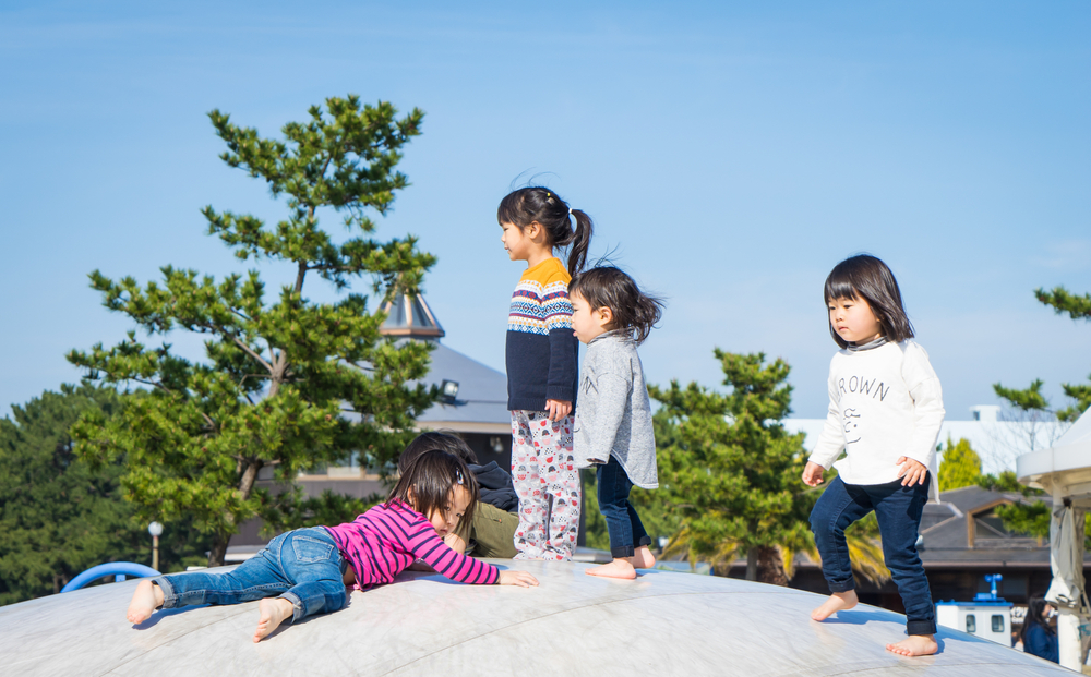 Japanese Children Fukuoka_413111410