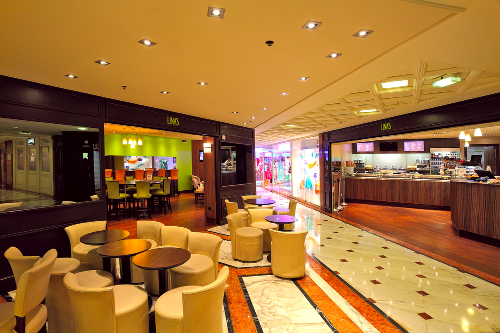 Indoor restaurant in Metropole Shopping Center_148150883