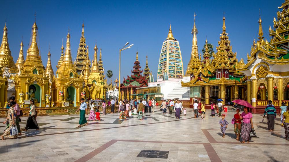 Yangon Golden Pagoda_400258138