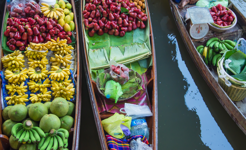 Damnoen Saduak Floating Market_370477400