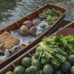 thakha Floating Market_384253006