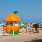 kiosk-with-ice-cream-on-the-beach-in-obzor_473413945