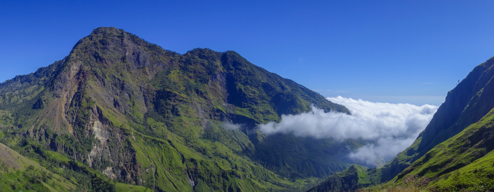 sangkareang-mountain-at-rinjani-mountain_479075665