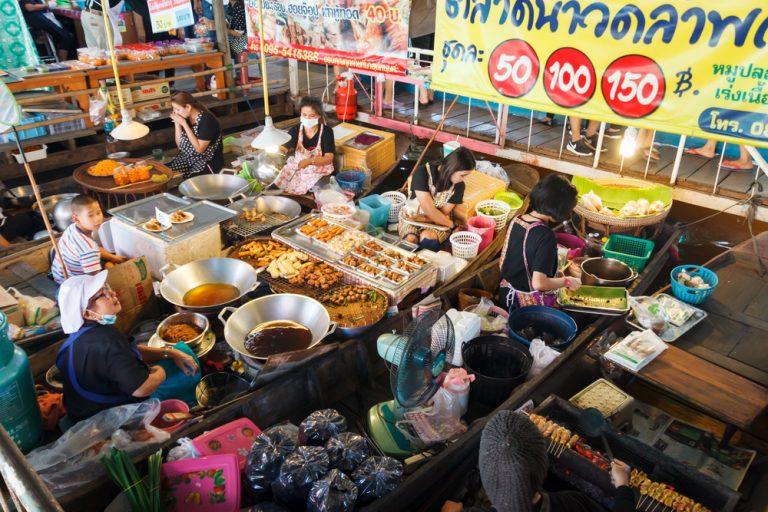 Nakhon Pathom and Wat Lampaya Floating Market, Exploring Local Shopping Culture in Thailand